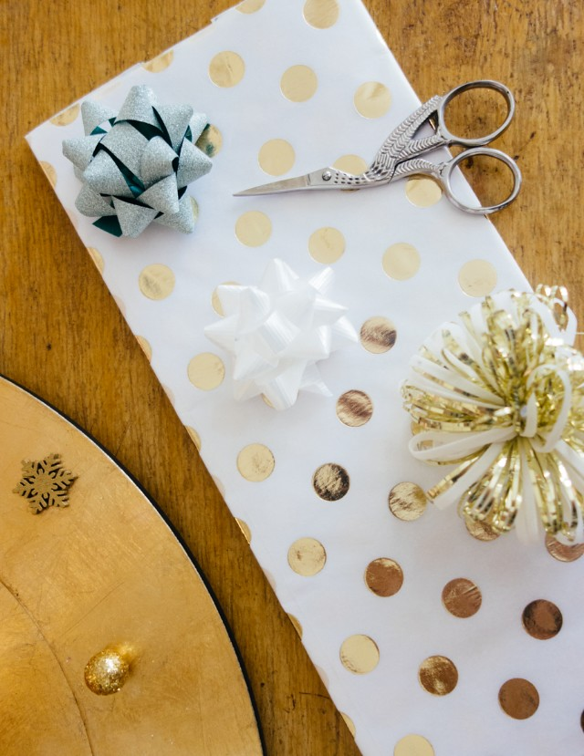 polka dot christmas wrap