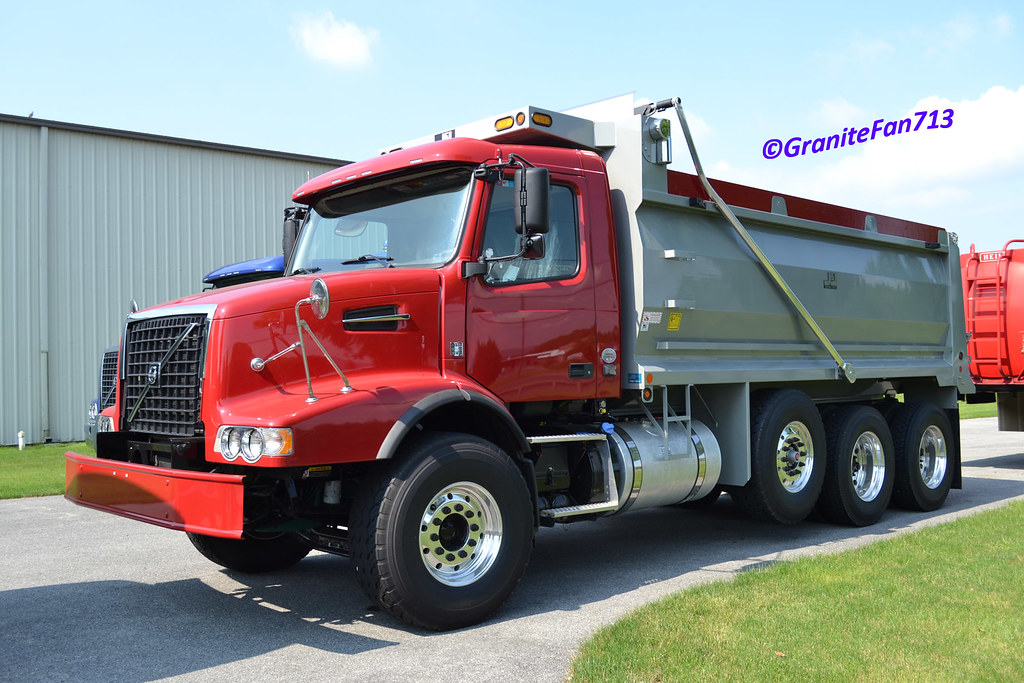 2013 Volvo VHD Tri-Axle Dump Truck | Trucks, Buses, & Trains by granitefan713 | Flickr
