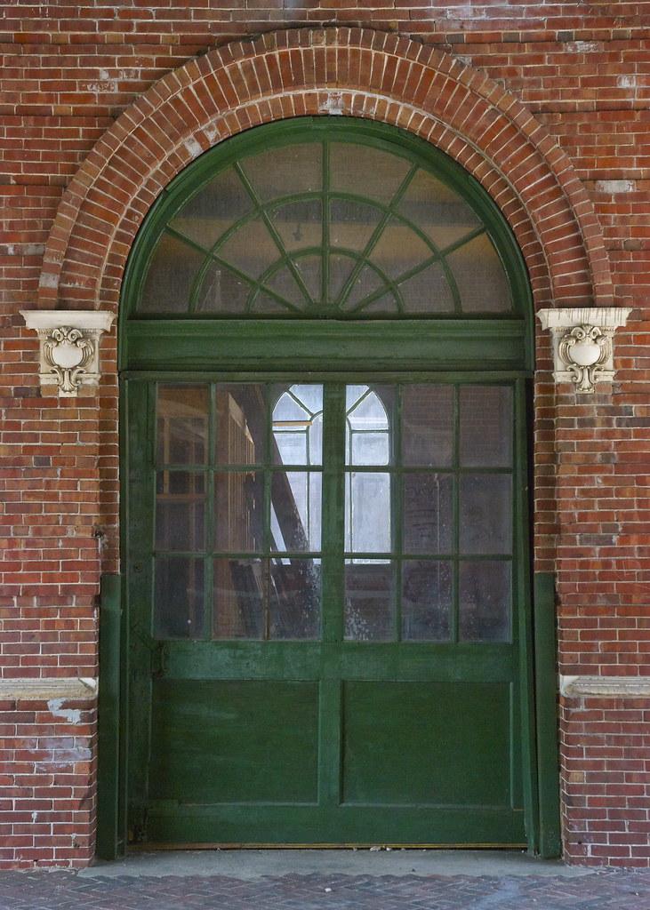 Train Station Door | Doorway of old train station in ...