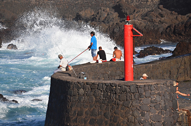 Fishermen and waves, Puerto de la Cruz, Tenerife