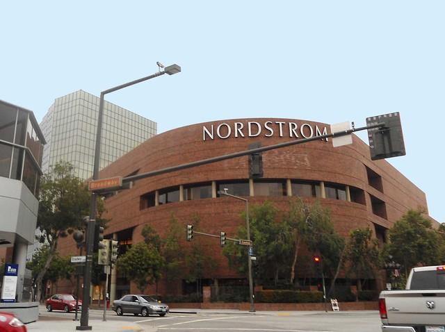Nordstrom Glendale, CA Galleria Store