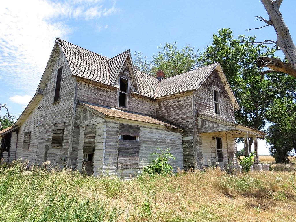 ... farmhouse near Bentley, Kansas, USA | There are ma… | Flickr