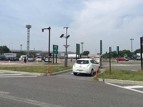 多賀SA下り電気自動車(EV)用急速充電器