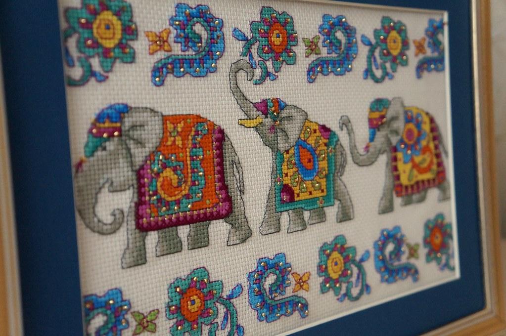 Вышивка индийского слона