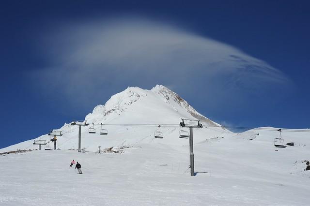 Mt. Hood Meadows volcano skiing