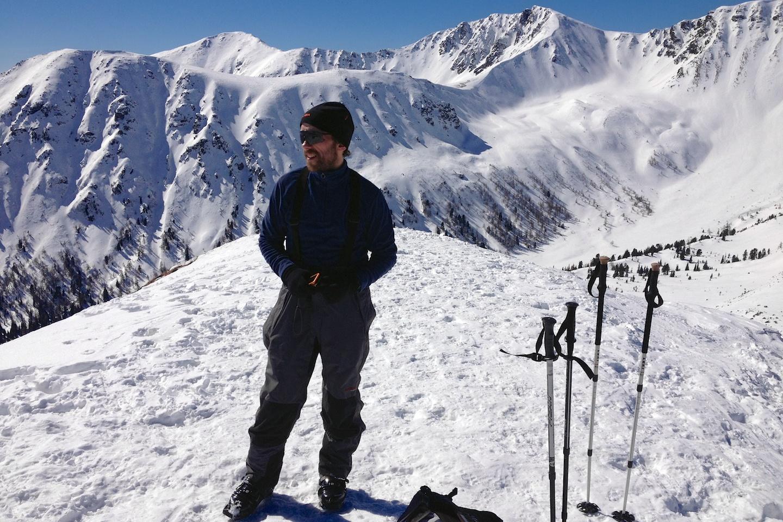 Na vrcholu Krugtörlspitze (2042m). Klikni na obrázek a uzříš panoráma, které vidí Vláďa.