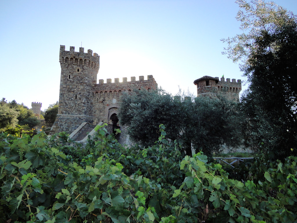 Castello Di Amorosa Guided Tour Vs General Admission