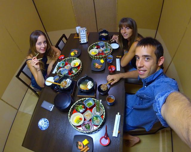 Desayuno japonés en el hotel Mount View Hakone