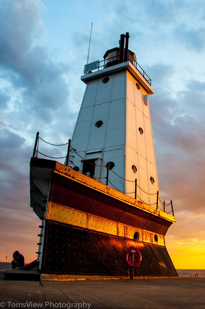 Ludington Lighthouse | Lighthouse at Ludington, MI, USA at