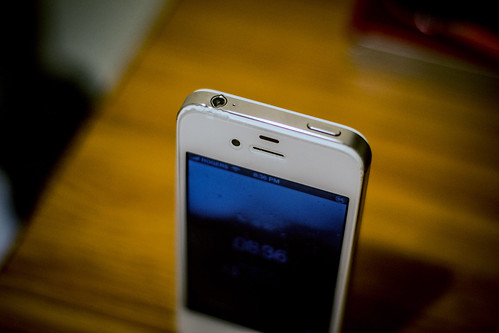 Damaged Iphone  For Sale