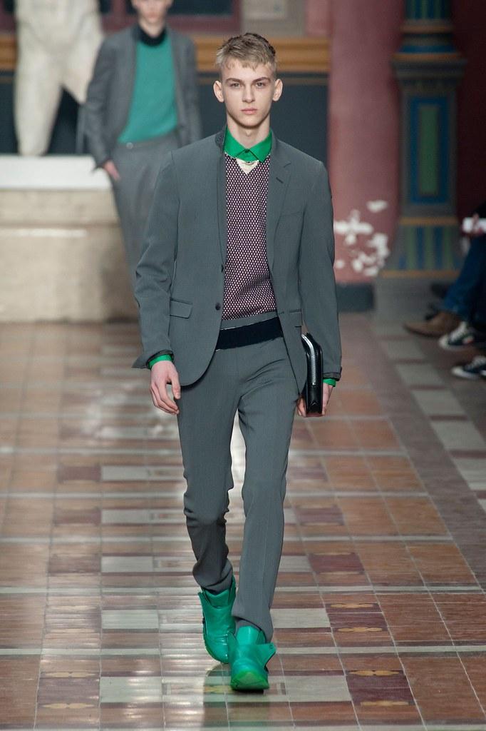 Dominik Sadoch3088_FW14 Paris Lanvin(fashionising.com)