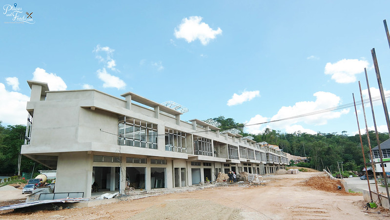 bentong avenue side view