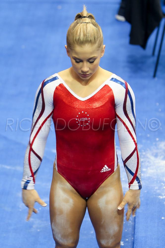 Shawn johnson cameltoe gymnast