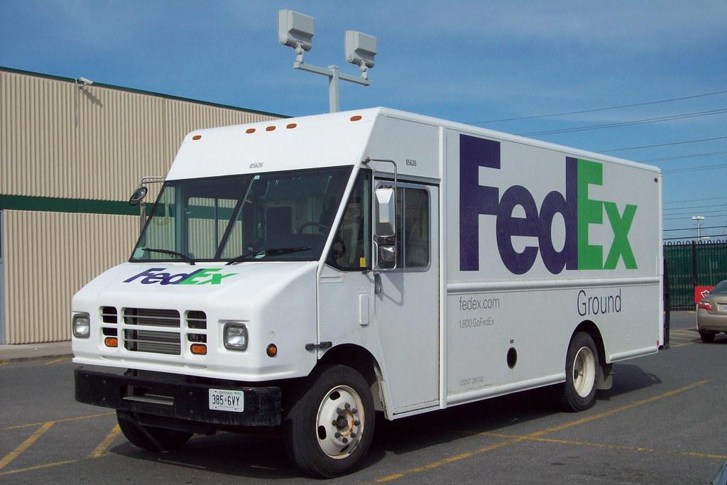 Fedex Ground 85626 Parcel Package Step Van Ottawa Ontario
