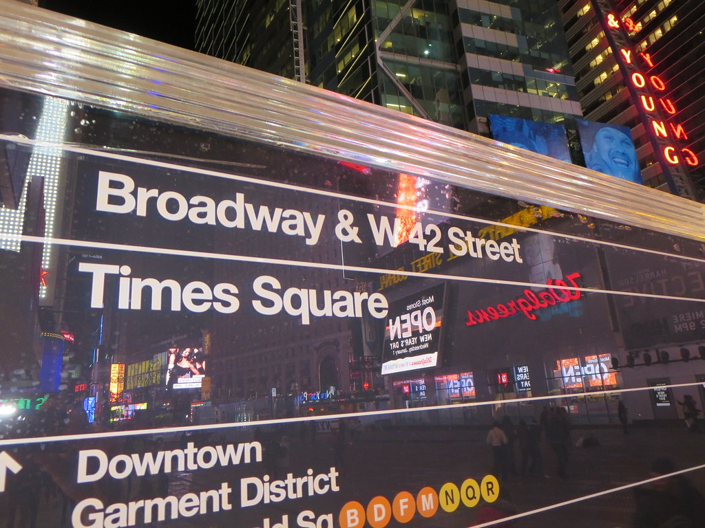 Broadway, w 42nd Street, Times Square, street map sign ...