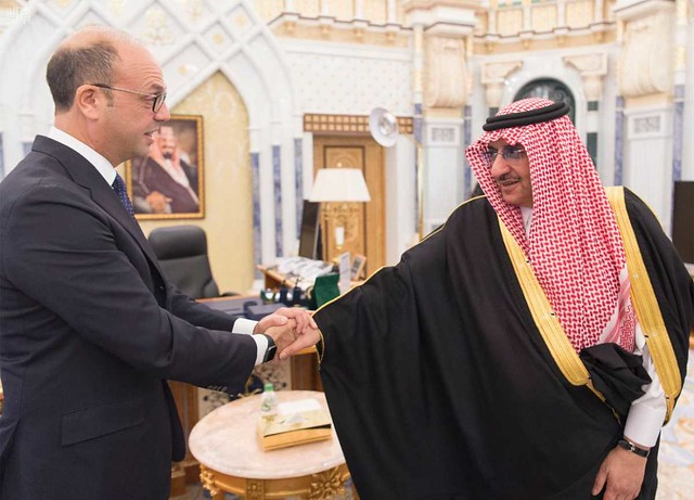 il Ministro Alfano con il principe ereditario, Ministro dell'Interno dell'Arabia Saudita Muḥammad bin Nāyef Āl Saʿūd