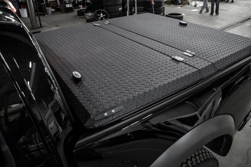 Folding Truck Bed Covers >> Black Folding Truck Bed Cover on Black Ford F-150 Raptor | Flickr