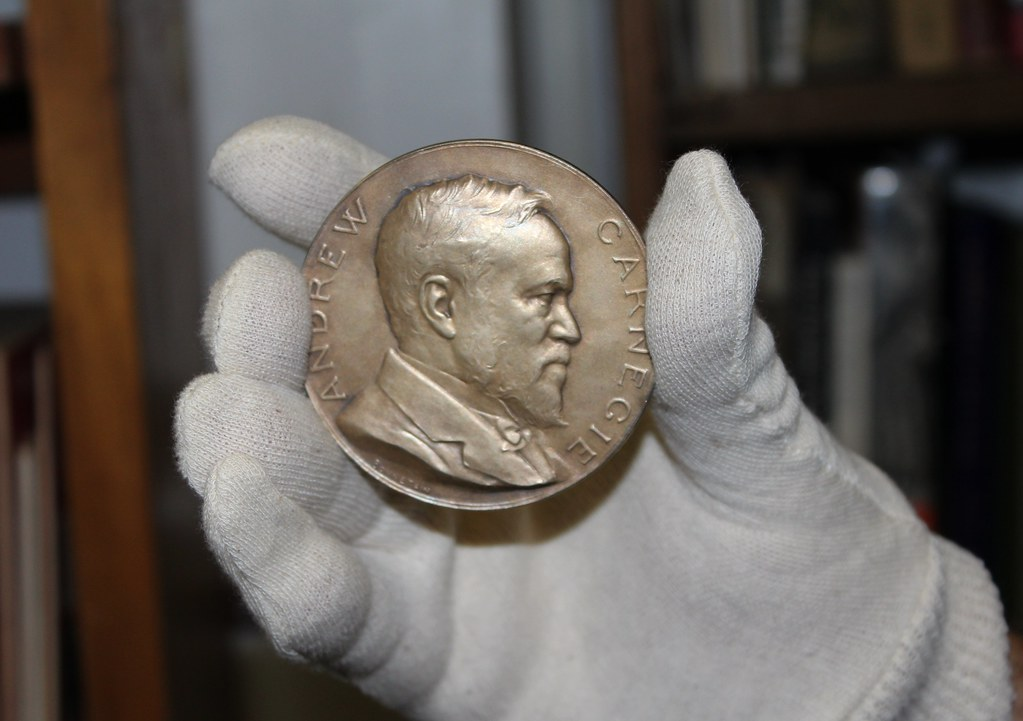 was andrew carnegie a hero Carnegie hero fund commission member evan s frazier presented the  carnegie medal to harold shaw and vincent santaniello in ceremonies held jan.