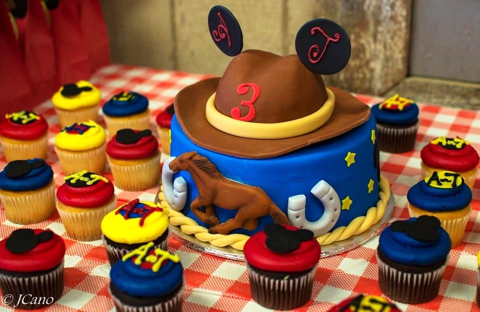 Cowboy Party Cake