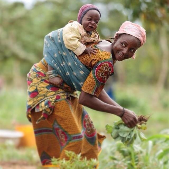 Goodnight World Carryinstyle Babywearing Africa Burki