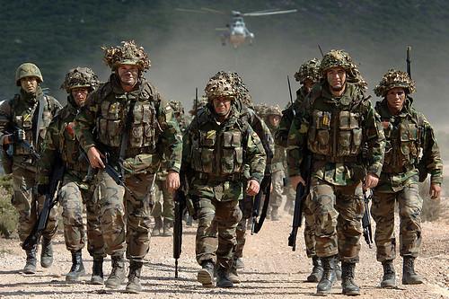 Скептичніше ставляться до вступу у НАТО