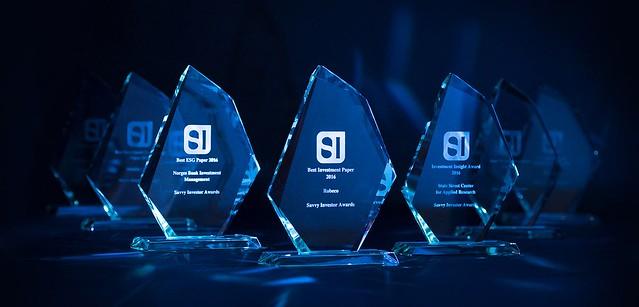 Savvy Investor Awards 2016 winner trophies