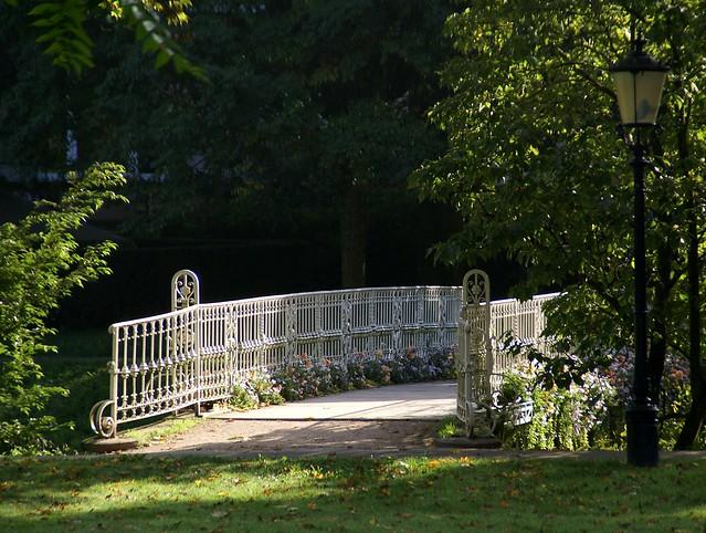 baden baden br cke ber die oos bridge over the oos flickr photo sharing. Black Bedroom Furniture Sets. Home Design Ideas