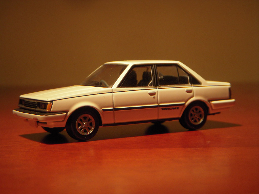 1983 Toyota Carina 1600gt R A60 1 64 Diecast By Tomica Lim