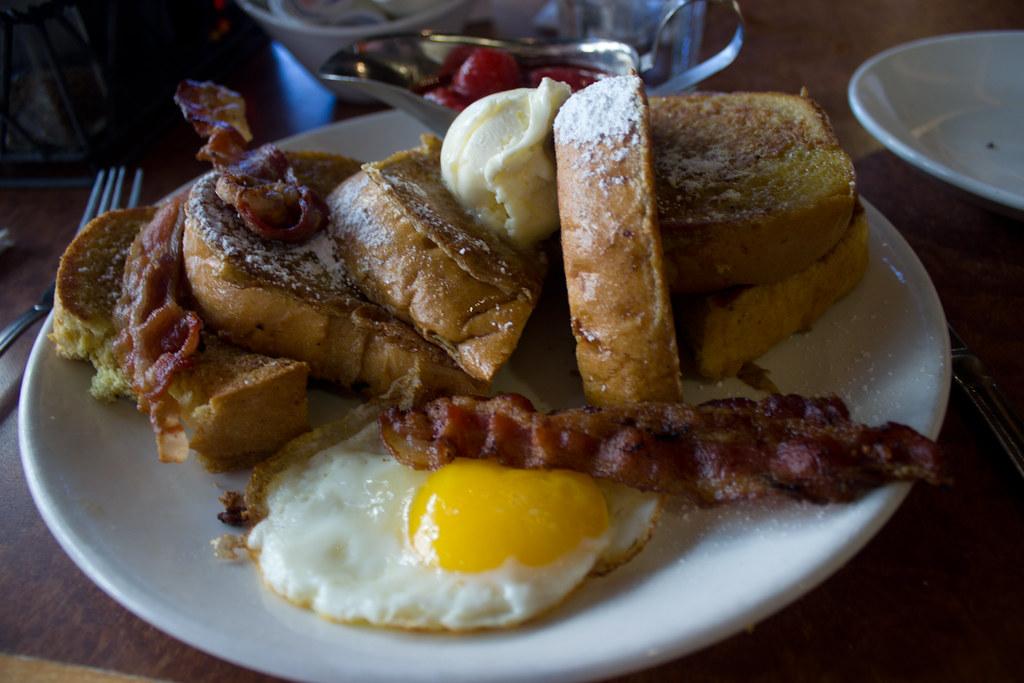 Broken Yolk Cafe Carlsbad Ca