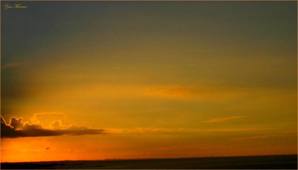 Foi felicidade colorida com as cores de um pôr do sol ... Cantando Na Chuva