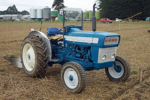 Ford 3000 Tractor Parts Catalog : Ford tractor club