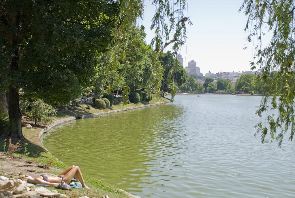 Aqui no hay playa lago de la casa de campo madrid spa - Casas de campo madrid ...