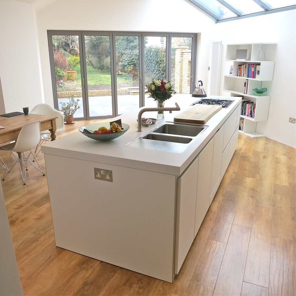 Bulthaup B1 Island With Double Sink And Hob