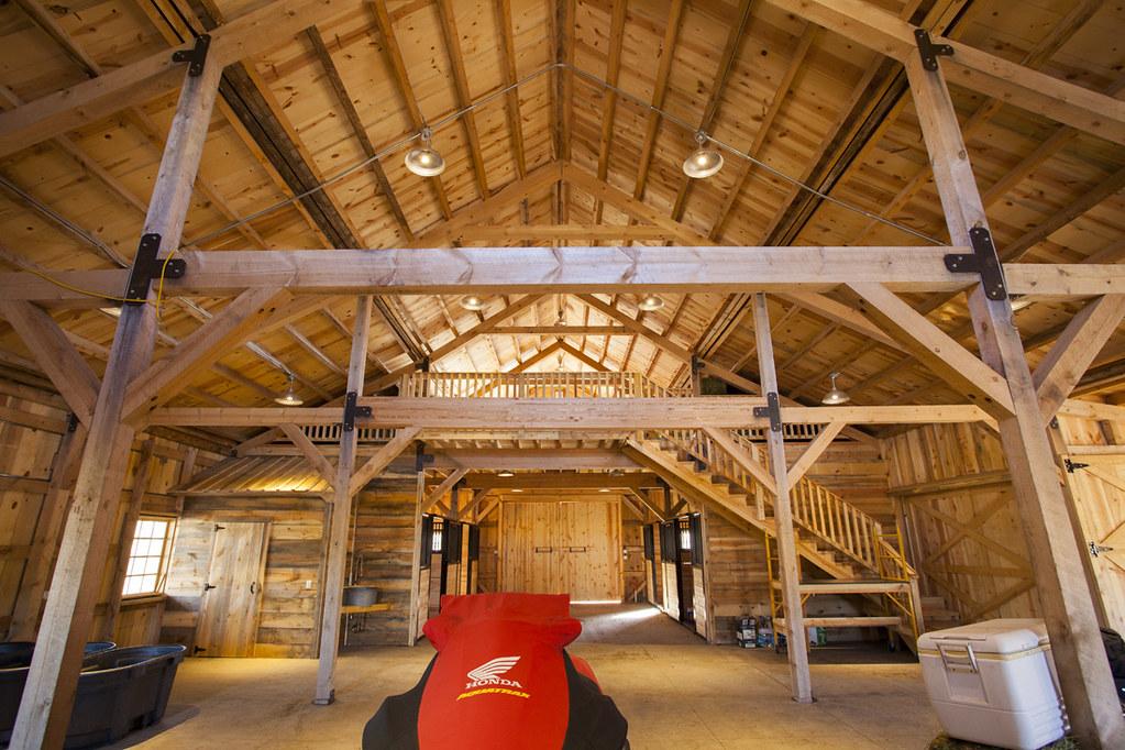 Ponderosa Country Barn Interior in Iowa | Sand Creek Post