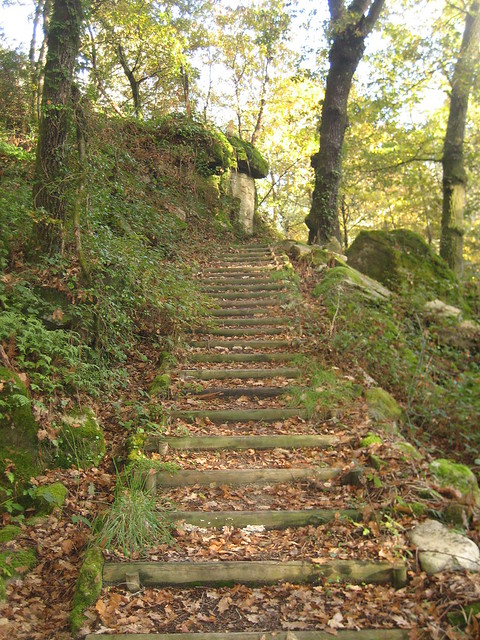 Escaleras en el Camiño Natural do Río Barbantiño