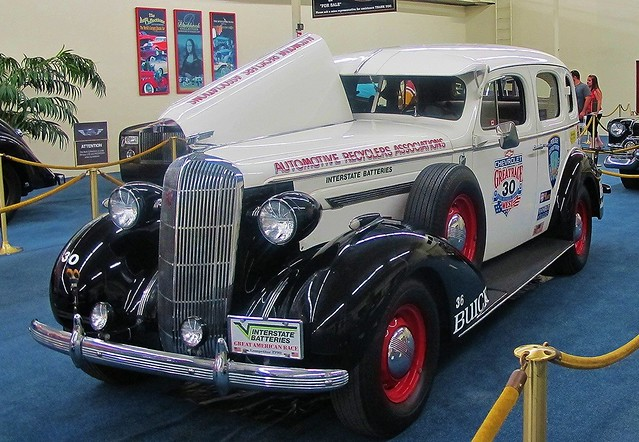 1936 buick century 4 door sedan great american race car for 1936 buick 4 door sedan