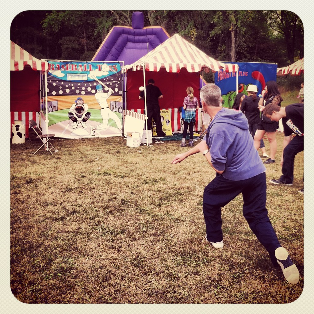 Ball Throw Carnival Game Game 'throw Ball in Hole'