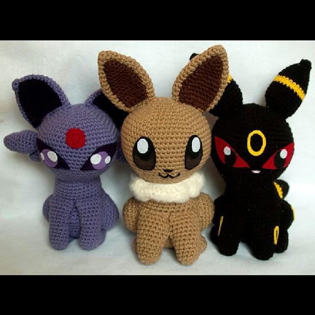 Amigurumi Eevee : Espeon Eevee and Umbreon amigurumi dolls. #amigurumi #hand ...