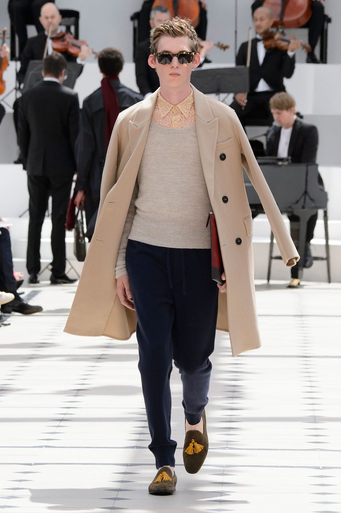 SS16 London Burberry Prorsum017_Tancrede Scalabre(fashionising.com)