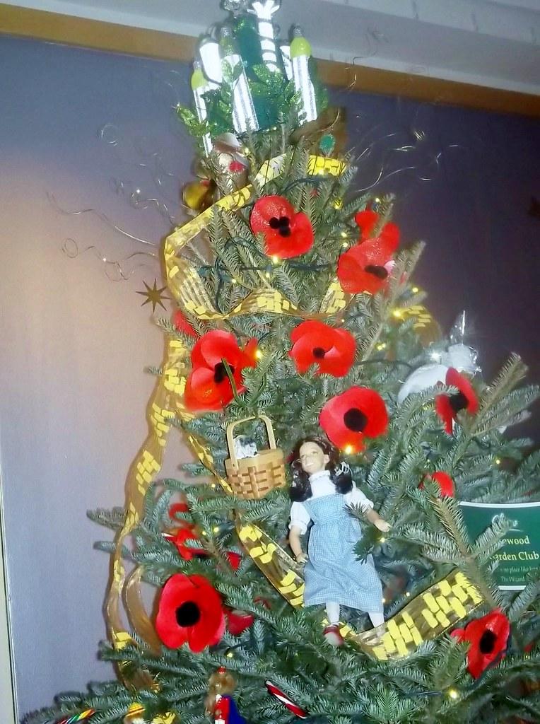 ... DorothyGaleLovesMe Wizard of Oz Christmas Tree # 2 | by  DorothyGaleLovesMe - Wizard Of Oz Christmas Tree # 2 DorothyGaleLovesMe Flickr