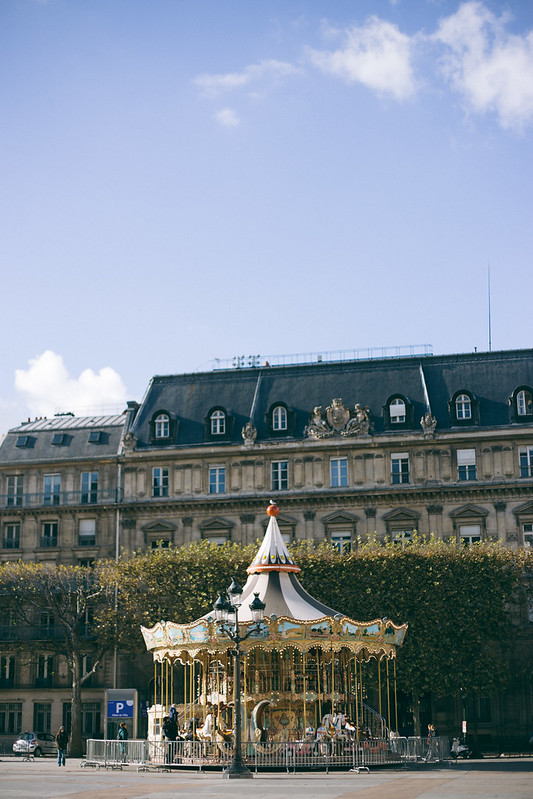 {a luxurious weekend in Paris} via chevrons & éclairs