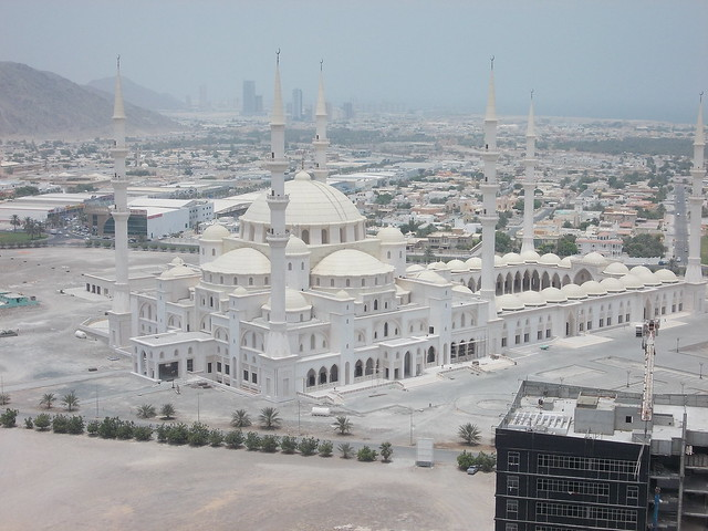 Sheikh Zayed Mosque, Fujairah, UAE - Flickr - Photo Sharing!