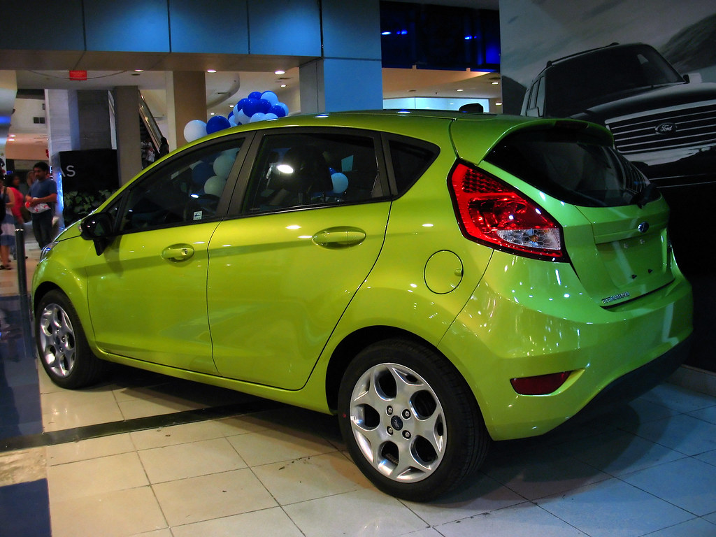 2013 ford fiesta se 4dr hatchback 1 6l manual. Black Bedroom Furniture Sets. Home Design Ideas