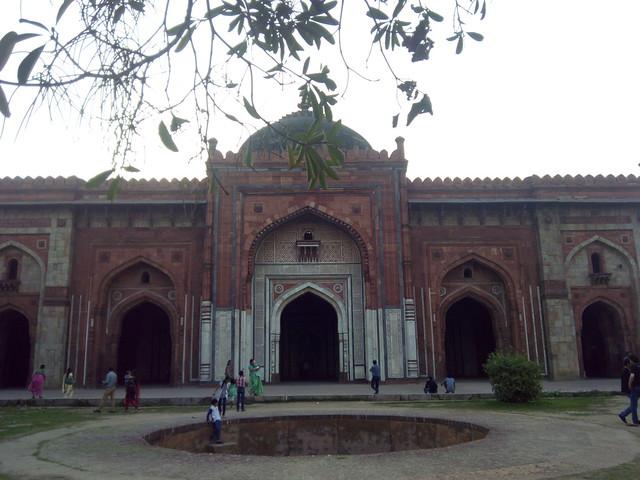 Qila-e-Kuhna Mosque in Purana Qila, Delhi