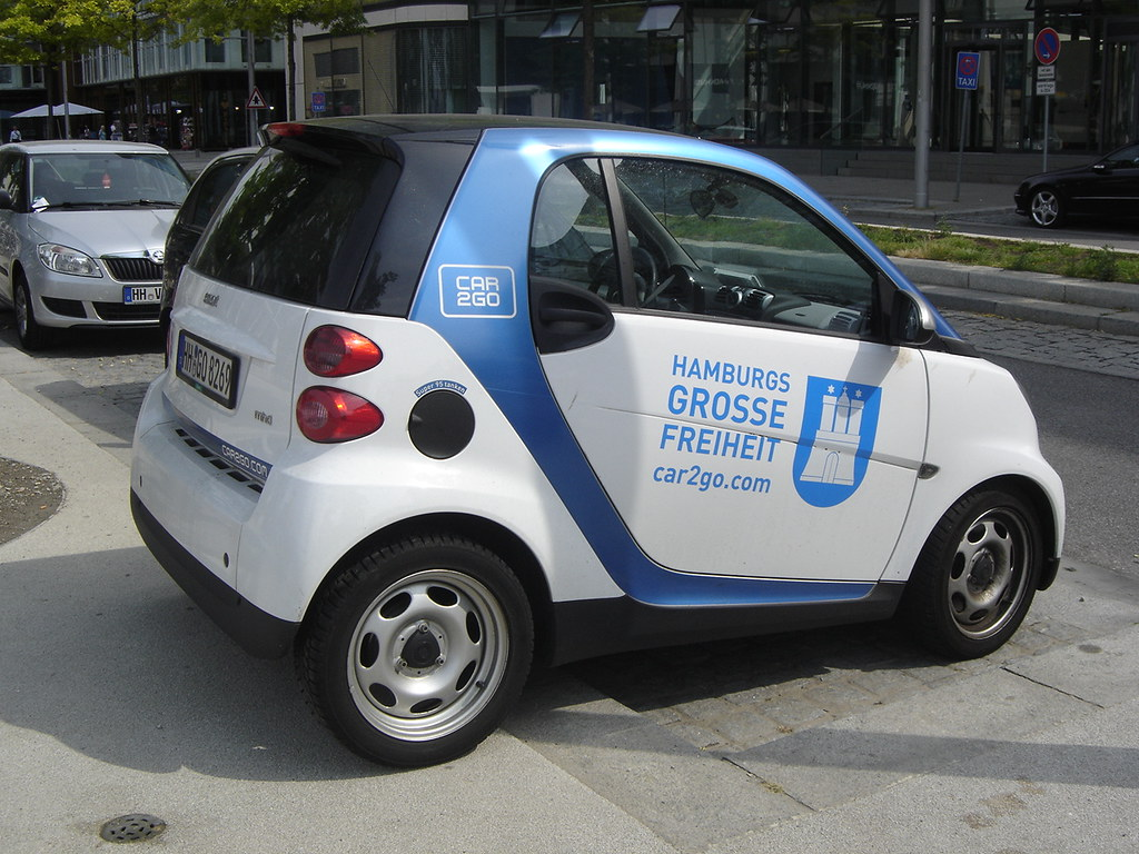 hamburg smart fortwo car2go in numerous cties in europe flickr. Black Bedroom Furniture Sets. Home Design Ideas