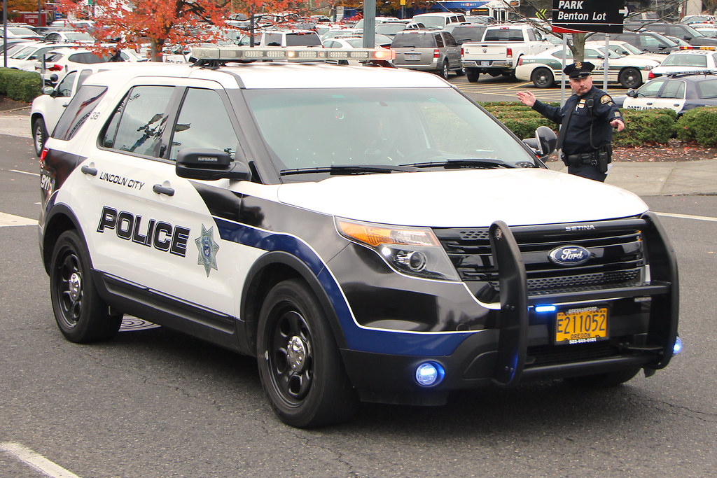 Lincoln City Police Ford Explorer C 2013 Paul Carter All R Flickr