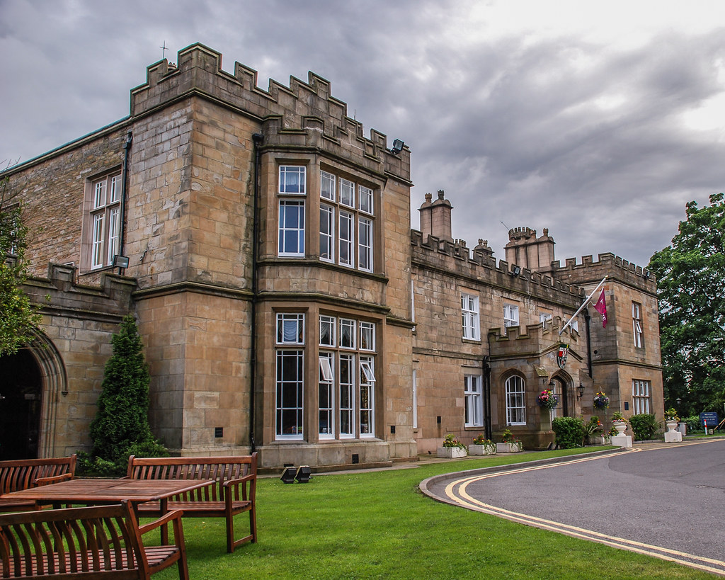 Mercure Dunkenhalgh Hotel And Spa