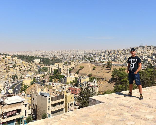Miguel Egido de Diario de un Mentiroso en Amman, Jordania, durante el Verano de Agosto de 2016