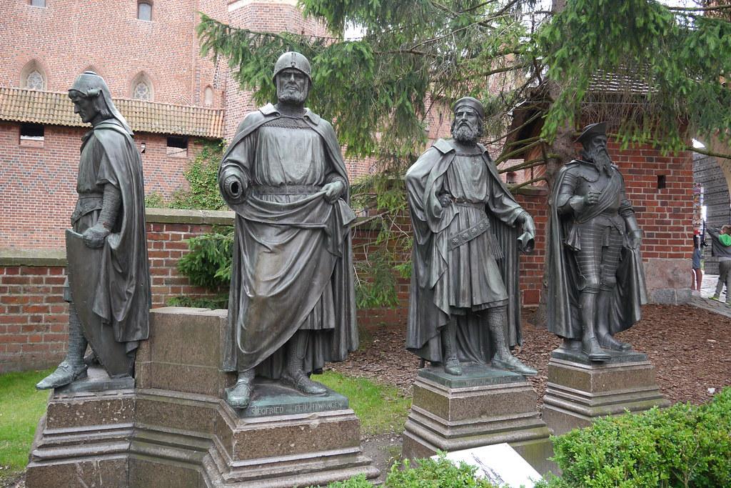 Diferentes Grandes Maestros teutónicos