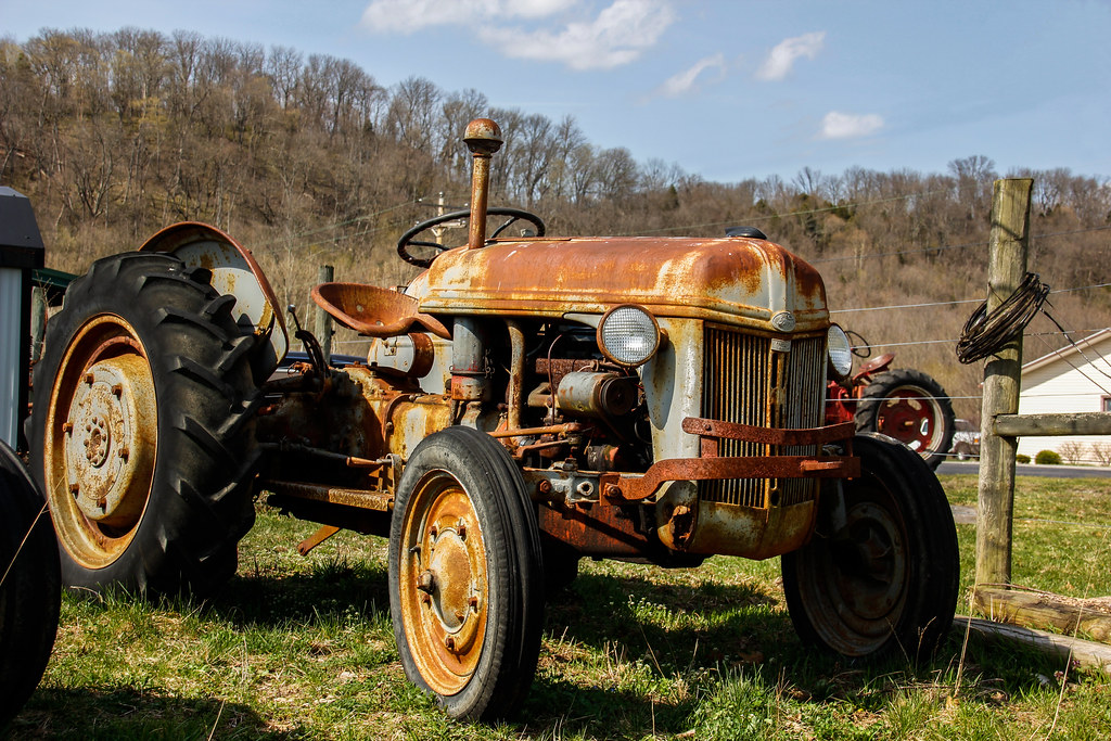 Old Ford Farm Tractors : Rusty old n ford farm tractor antique parts